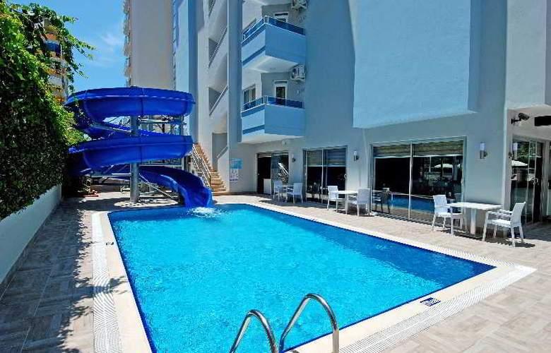 Kleopatra Ramira Hotel - Pool - 17