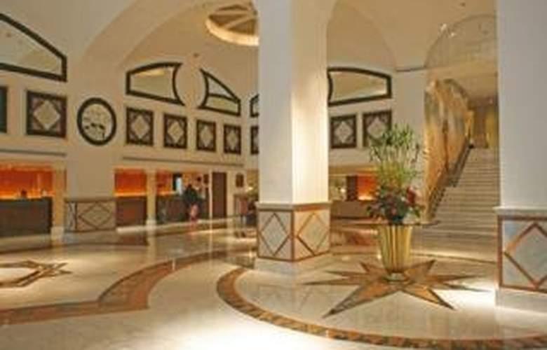 Roulette Sukhumvit - Hotel - 0