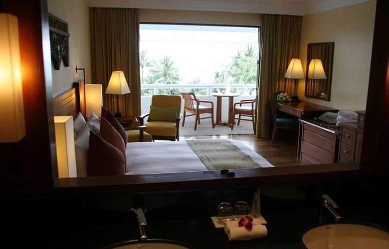 Le Meridien Phuket Beach Resort - Bar - 8