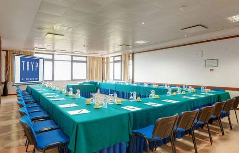 Tryp Colina do Castelo - Conference - 4
