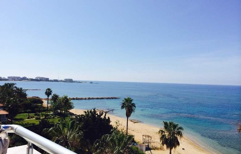 Sun Maritim - Beach - 8