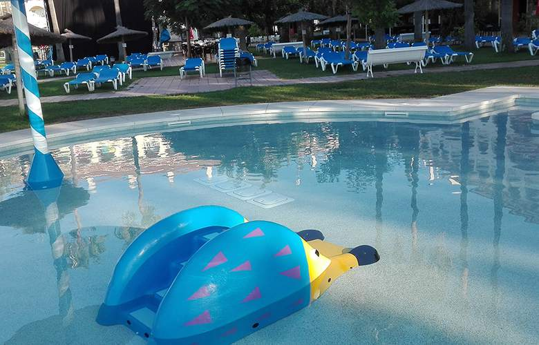 Gran Hotel del Coto - Pool - 13