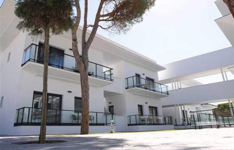 Al Sur Apartamentos Turísticos - Hotel - 14