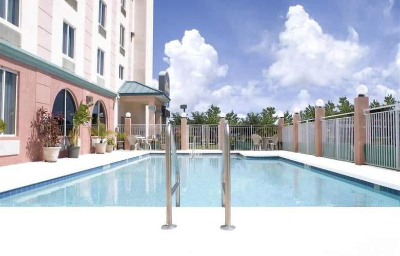 Best Western Airport Inn Orlando International Air - Pool - 45