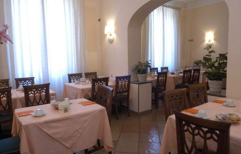 Beatrice - Restaurant - 4