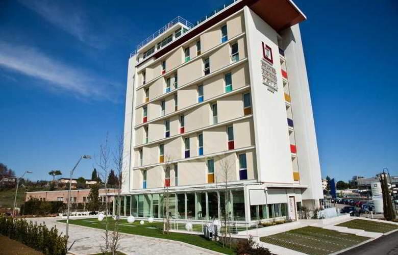 Breaking Business Hotel - Hotel - 0
