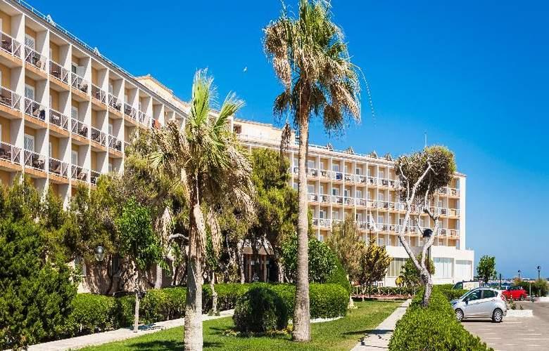 Globales Club Almirante Farragut - Hotel - 14