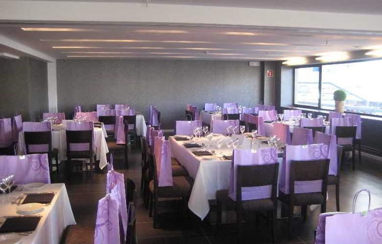 Expo Hotel  Barcelona - Restaurant - 29