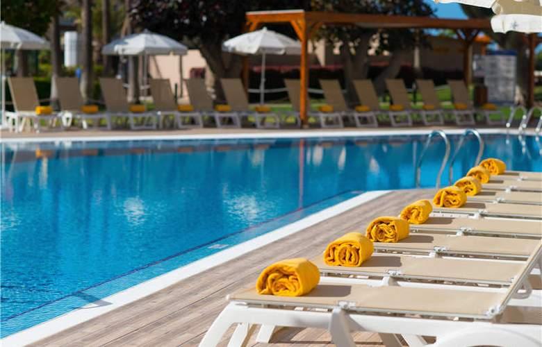 Iberostar Bouganville Playa - Pool - 26