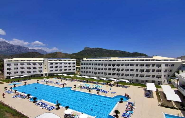 Daima Biz Hotel - Hotel - 8