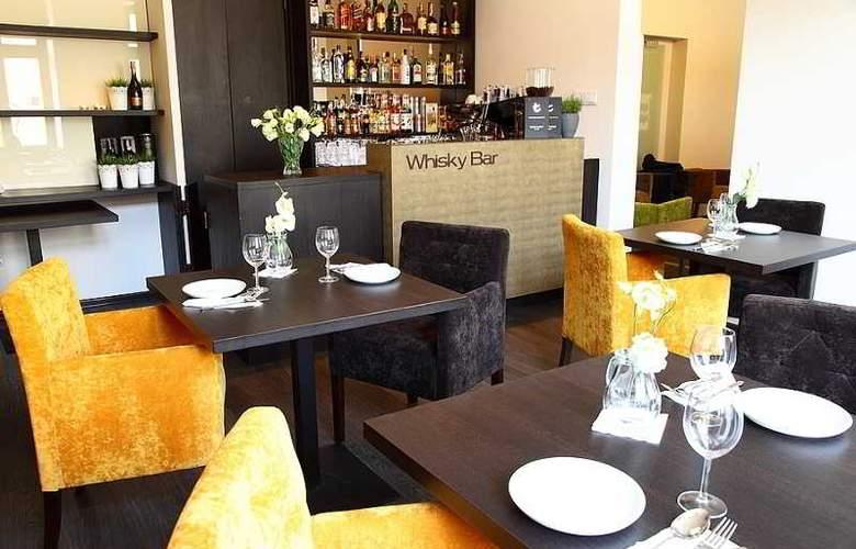 City Residence Aparthotel - Bar - 2