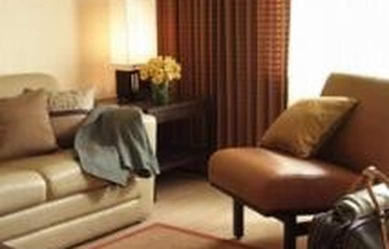 Rose Hotel Bangkok - Room - 4