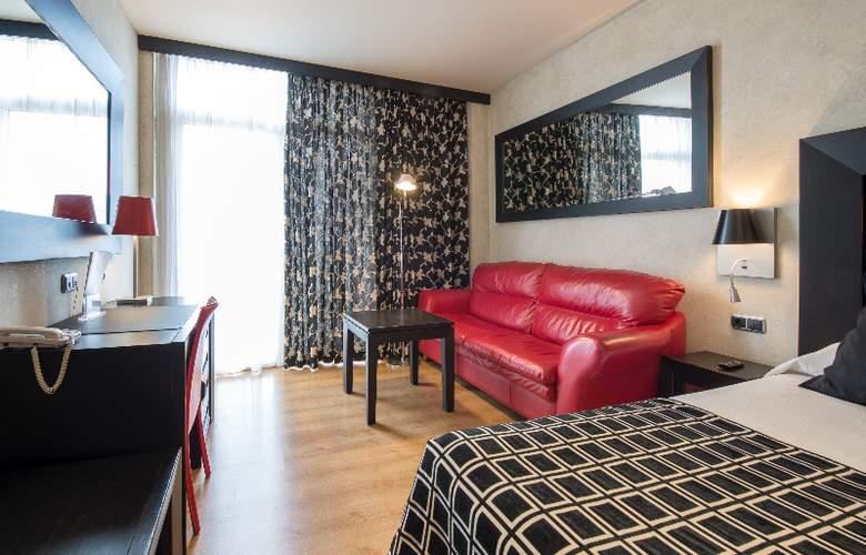 Salles Malaga Centro - Room - 14