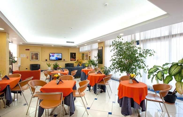 Best Western Blu Hotel Roma - Restaurant - 99