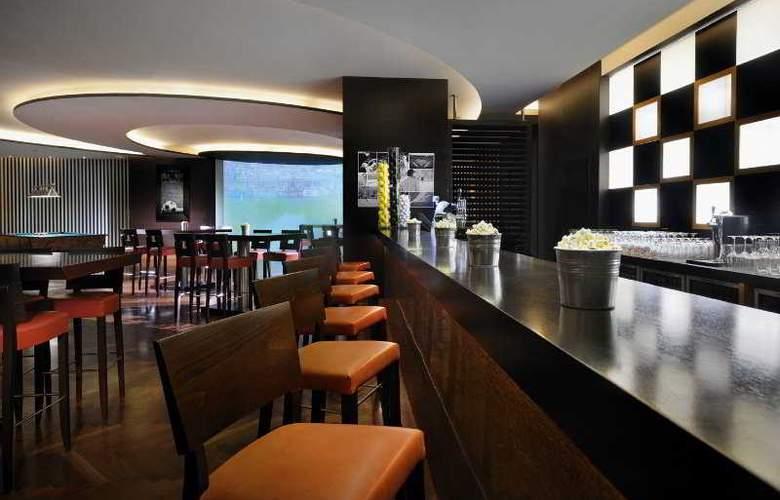Moevenpick Jumeirah Beach - Bar - 10