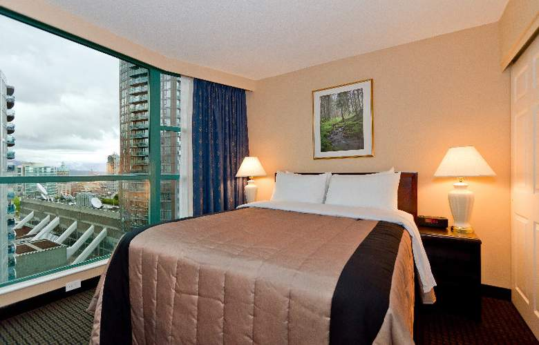 Rosedale on Robson Suites Hotel - Room - 6