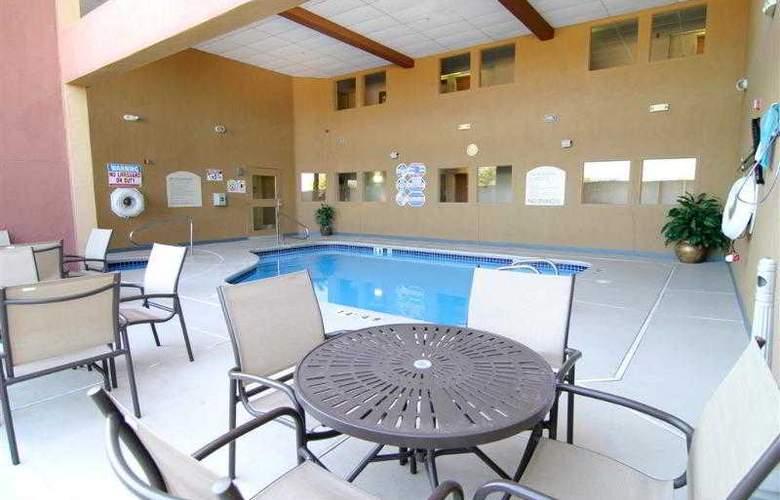 North Las Vegas Inn & Suites - Hotel - 38