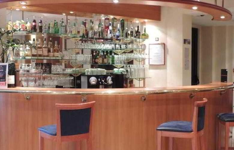 Ibis Styles Nantes Centre Gare - Bar - 12