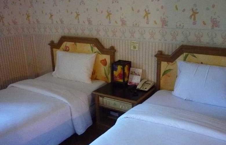 Chaleena - Room - 6