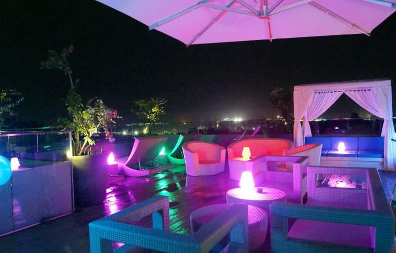 Amaroossa Suite Bali - Hotel - 6