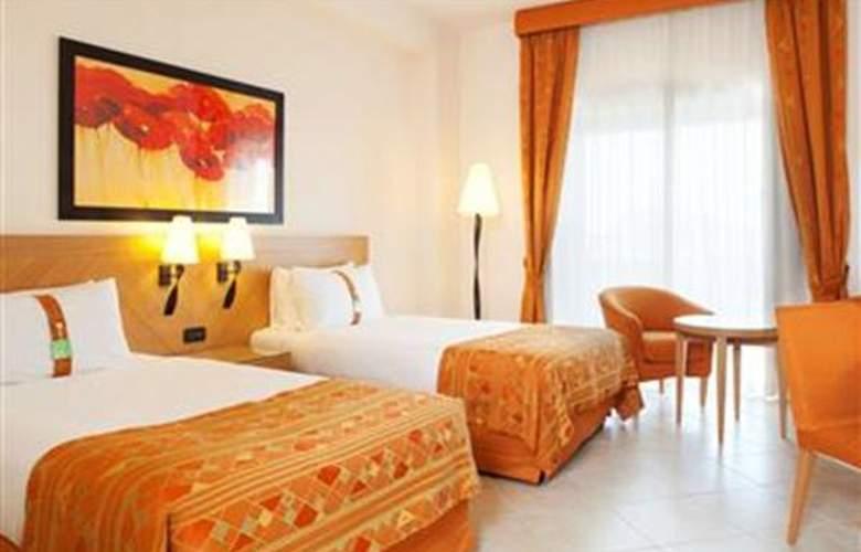 Golden Tulip Resort Marina di Castello - Hotel - 3