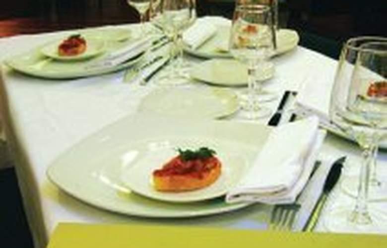 Plaza - Restaurant - 7