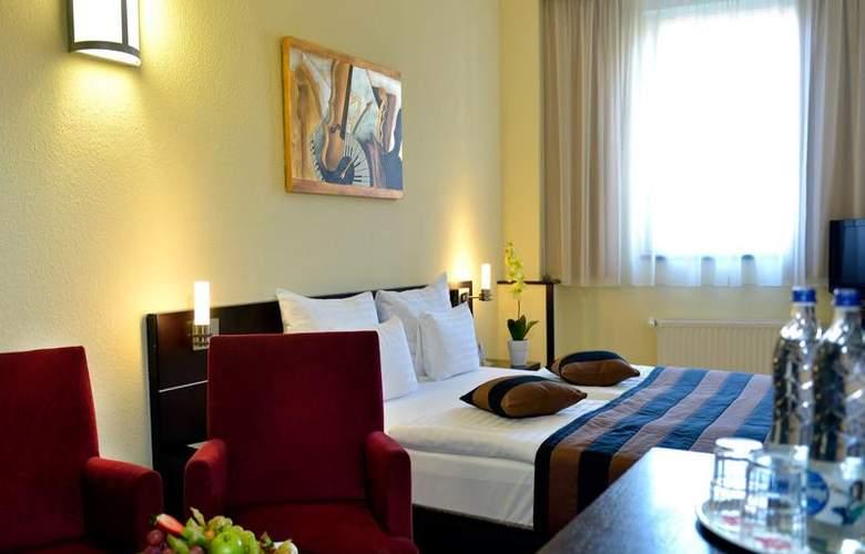 Leonardo Budapest - Room - 20