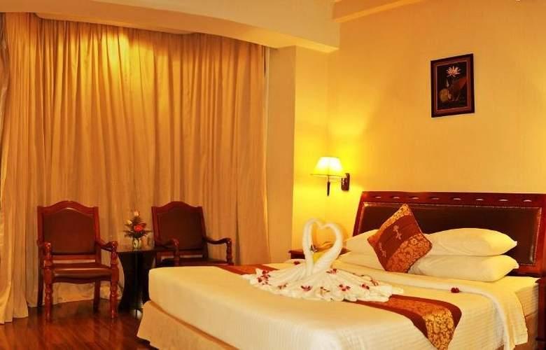 Phnom Penh - Room - 7