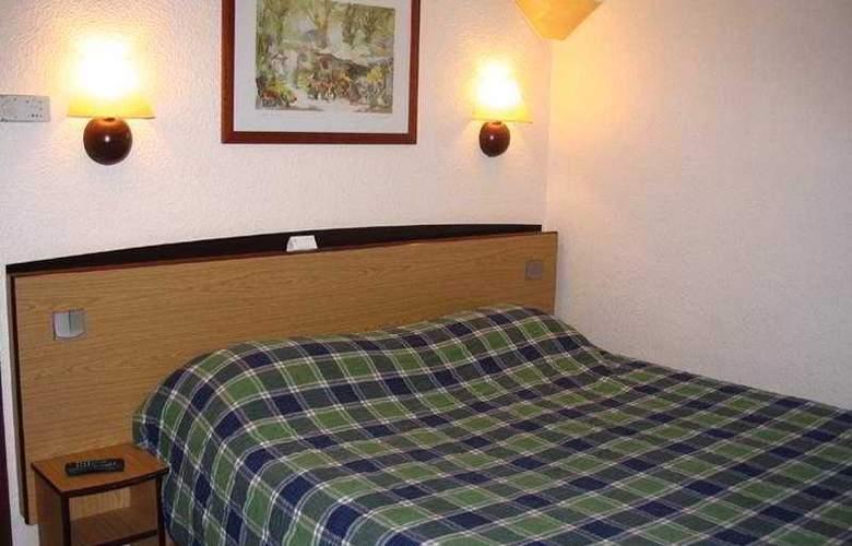 Campanile la Rochelle Puilboreau - Room - 3