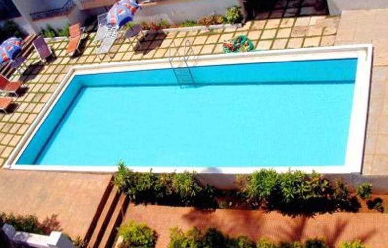Sun Park Resort - Pool - 3