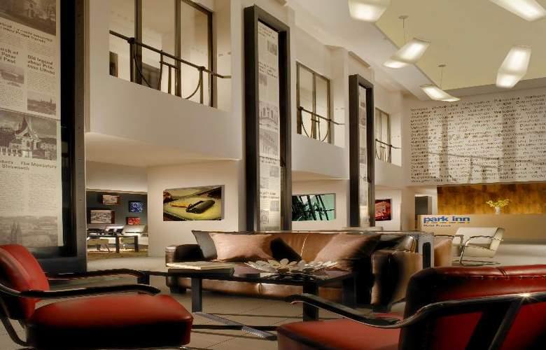 Park Inn Hotel Prague - General - 9
