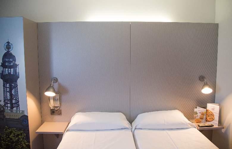 B&B Valencia Aeropuerto - Room - 8