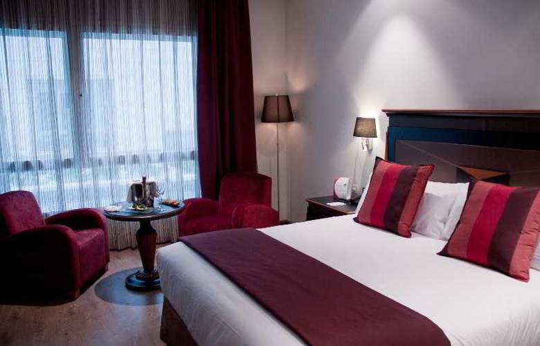 Crowne Plaza Madrid Airport - Room - 2