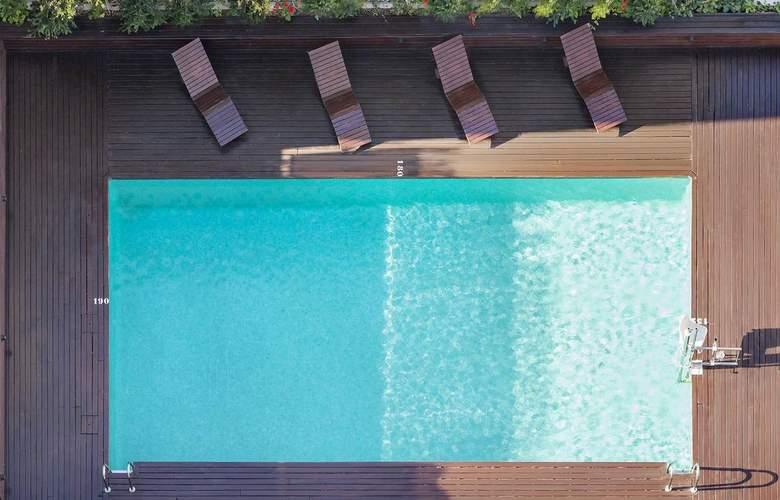 Ilunion Valencia - Pool - 3
