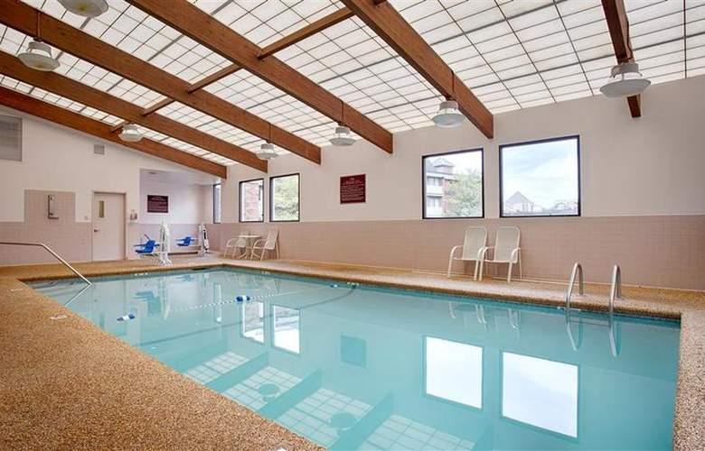 Best Western Wynwood Hotel & Suites - Pool - 99