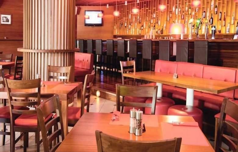 Sunrise Beach Hotel - Restaurant - 14
