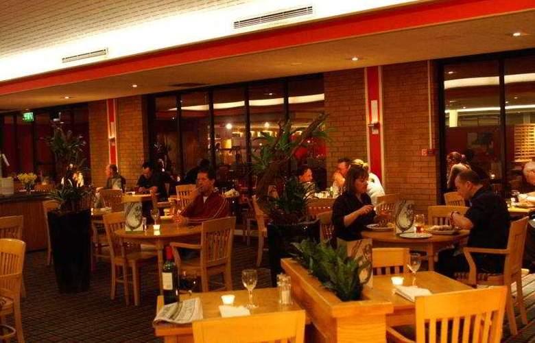 Holiday Inn Taunton M5/J25 - Restaurant - 5