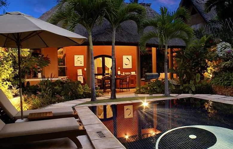 Impiana Private Villas Seminyak - Pool - 4