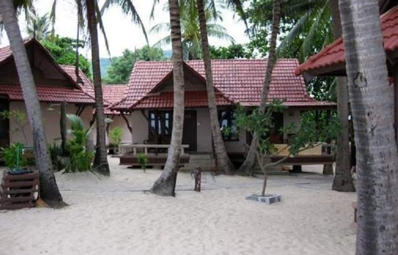 First Bungalow Beach Resort - Hotel - 12