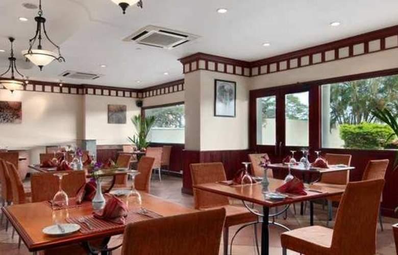 Hilton Colombo Residence - Restaurant - 16