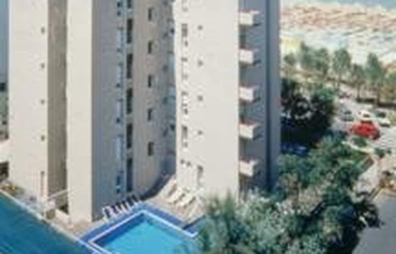 Nettuno Pesaro - Hotel - 0