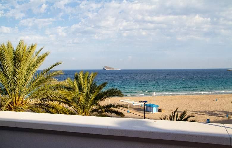 Gran Hotel Delfin - Beach - 27