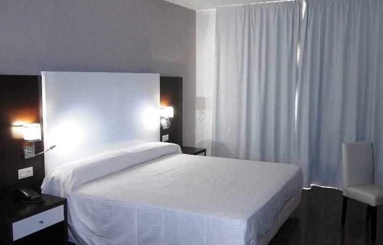 Fontana Plaza - Room - 5