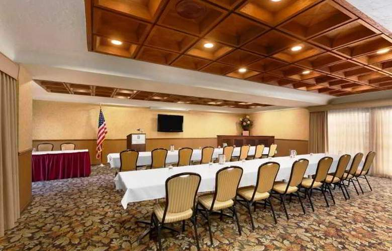 Embassy Suites Lompoc Central Coast - Conference - 11
