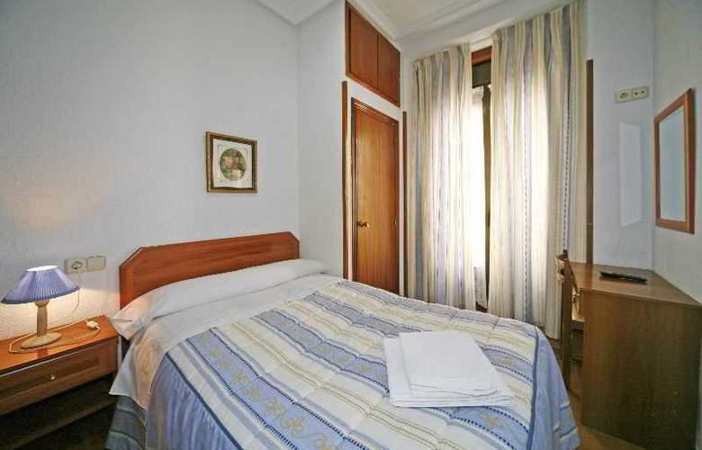 San Antonio - Room - 15