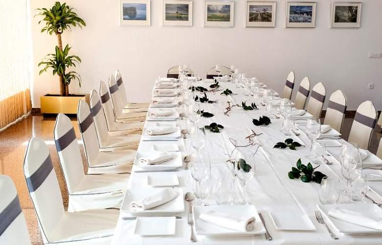 Insula Bartaria - Restaurant - 2