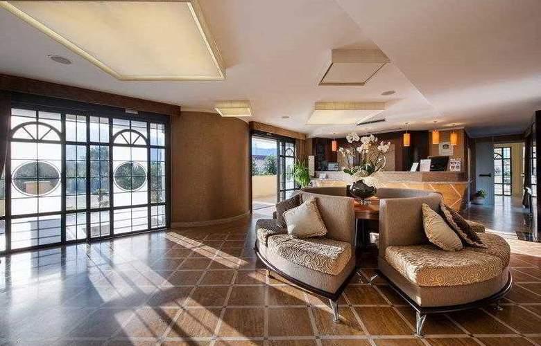 BEST WESTERN PREMIER Villa Fabiano Palace Hotel - Hotel - 35
