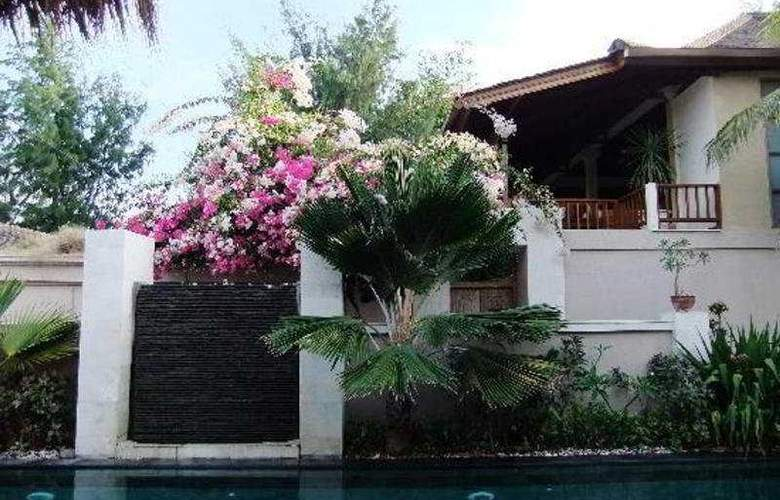 The Beach House Resort - Hotel - 0