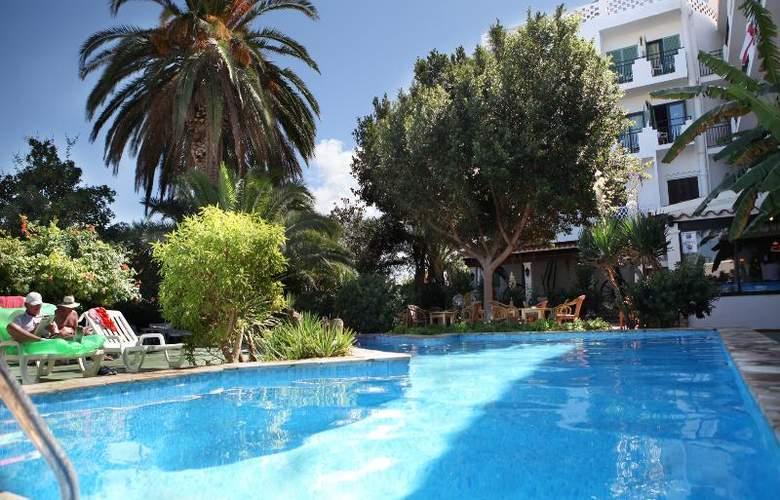Azuline Hotel Galfi - Pool - 22