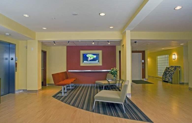 Best Western Plus Navigator Inn & Suites - General - 9